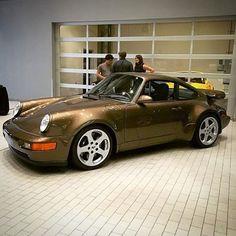 RUF world @rufregistry @rufsince1939 #btr #ruf #modifiedporsche #porsche #965 #964 #turbo #ctr #supercar #classic #aircooled