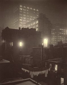 Alfred Stieglitz, photography (USA 1864-1946) From the Back Window — 291 (1915)
