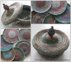 Free pattern-Coasters  little basket with lid pattern by Viviane Deroover