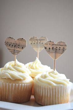 an easy way to music up your cupcakes