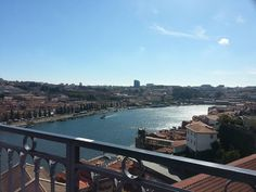Un peu de soleil et d'évasion #porto#iloveporto#douro#pontedomluis#douroriver#pont#bridge#ponte#cidade#ville#city#igersporto#igersportugal#igerseurope #unlimitedportugal#portugalcomefeitos #voyage #viagem#travelpicoftheday by mmmode31