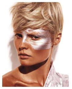 Beauté: Magdalena Frackowiak by Giampaolo Sgura for Vogue Paris May 2012 Make Up Looks, Beauty Makeup, Hair Makeup, Hair Beauty, Bronzer Makeup, Makeup Eyes, Vogue Paris, Beauty Editorial, Editorial Fashion