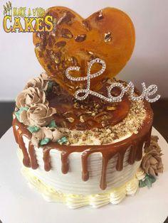 "🥰Beautiful, beautiful, beautiful! Our fabulous caramel cake with pecan brittle heart. Yes this one says ""Love"" in sooo many ways! #celebratesmaller but #celebratebig #caramelcake #makeawishcakes"