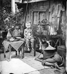 A photography exhibition of Thailand during the era of King Rama V (ca.1860) by Scottish photographer John Thomson, who captured portraits, events and landscapes, developed at Wellcome Institute, London.  | via: Bangkok Post