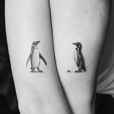 Your Love With These Creative Couple Tattoos - penguins couple tattoo ❤❤❤ -Ink Your Love With These Creative Couple Tattoos - penguins couple tattoo ❤❤❤ - Niedlich Und Lustig Pinguin Tattoo Designs Bedeutungen - Tier Tattoos Konnen Auf Jeden Gut Ausse. Small Couple Tattoos, Cool Small Tattoos, Small Tattoo Designs, Trendy Tattoos, Cute Tattoos, Unique Tattoos, New Tattoos, Body Art Tattoos, Sleeve Tattoos