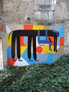 Зебу, дуэт художников и иллюстраторов из Берлина активно трудятся в области трафаретной печати, рисования и настенной живописи.