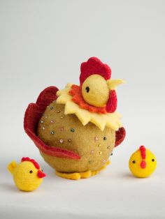 Felt Hen with Two Chicks