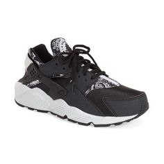 Nike 'Air Huarache' Sneaker ($110) ❤ liked on Polyvore featuring shoes, sneakers, nike, nike trainers, light weight shoes, laced shoes, rubber sole shoes and laced sneakers