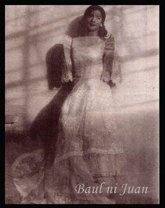 Miguel/Michelle 1998 Maria Clara, Painting, Dresses, Art, Vestidos, Art Background, Painting Art, Kunst, Paintings