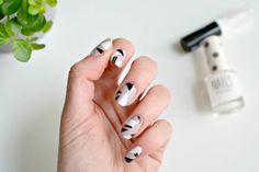 1437814698 nude minimal nail ideas