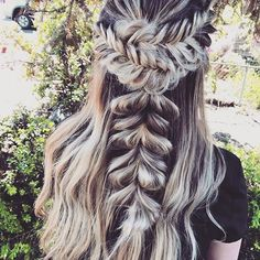 Fancy hair love . These fishtails + faux princess braid via Svglamour have us inspired for our next hair up look ✨. Just need a fun occasion now . Keep your locks in check and free from breakage, snapping + split ends here: www.hellohair.com.au.   #loveisinthehair #braidgoals #hairinspo #maneenvy #braidinspo #hairinspo #summerhaircrush