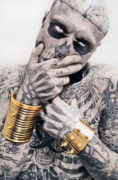 Zombie boy tattou