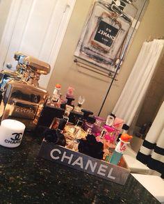 Chanel tray: Bylecreme