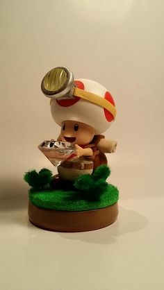 Custom Captain Toad amiibo - View more at http://buyamiibo.com/custom-amiibo-gallery/