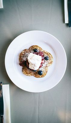 Stella Artois// Silver Dollar Pancakes with berry compte heavenly maple cream//