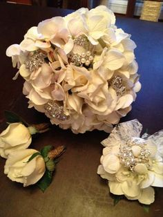 Bouquet with vintage broches