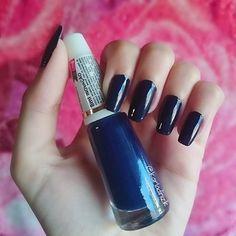 My Nails of the Week + Tudo o que você precisa saber para ter unhas grandes e fortes, vem ver! 💅✨ Now 🔛 www.karladiniz.com 💋 .…