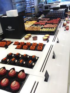 Vertek niet uit Brussel zonder Belgische chocolade van Pierre Marcolini. Éen van de lekkerste chocolade!!