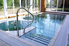 Treat yourself or someone special to a Top to Toe Day at Champneys.