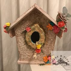 Wonderful World of Crafting : Bird house for Make A Page Scrapbooking class