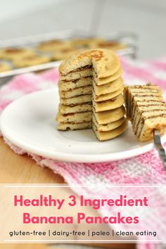These healthy 3 ingredient banana pancakes are amazing! They're gluten-free, dairy-free, paleo, clean eating and so quick and easy to make. #Recipe #Healthy #Food #Breakfast #Brunch #Pancakes #Vegetarian #Paleo #LowFODMAP #GlutenFree #DairyFree #CleanEating