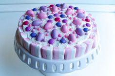 Torta di caramelle e confetti