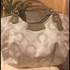 Nwot Coach Signature Handbag