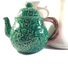 New to VintageVybe on Etsy: Vintage Majolica Teapot - Green Ceramic Teapot - The Haldon Group (58.00 USD)
