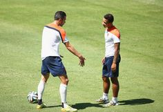 Van Persie excited by Depay's transfer to United - Official @manutd website