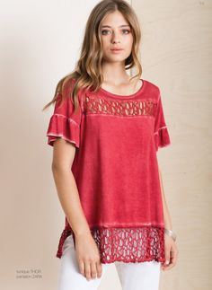 Crushed decolletage design, mid-cut tulip sleeves, brushed Cotton and a cutout hem is this comfy and so cute Cotton tunic! Tulip Sleeve, Cotton Tunics, Spring Summer 2018, Stylish Dresses, Tulips, Indigo, Crushes, Scoop Neck, Tunic Tops