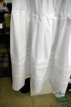 Caseras Tenerife, Regional, Vestidos, Petticoats, Homemade, Fabrics, Facts, Clothing, Learning