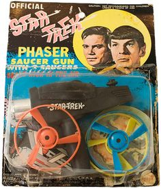 Star Trek Phaser Saucer Gun - I had these and I LOVED 'EM and so forgotten about it until seeing this pin! 1970s Toys, Retro Toys, 1960s, Childhood Toys, Childhood Memories, Star Trek Phaser, Star Trek Party, Star Trek Toys, Nostalgia