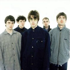 Oasis El Rock And Roll, Rock N Roll Music, Brian Molko, Liam Oasis, Liam Gallagher Noel Gallagher, Oasis Music, Liam And Noel, Oasis Band, Julian Casablancas