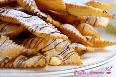 Chiacchiere al forno come fritte Frittata, Apple Pie, Cake Cookies, Biscotti, Fries, Food And Drink, Sweets, Stuffed Peppers, Baking