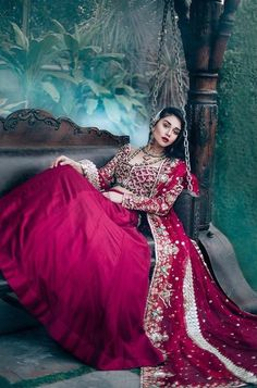 Sadaf Fawad Khan Indian Wedding Lehenga, Pakistani Wedding Outfits, Pakistani Bridal, Bridal Lehenga, Pakistani Dresses, Indian Bridal, Anarkali Dress, Indian Attire, Indian Outfits