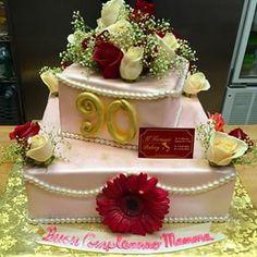 #90thbirthday #freshflowers #milestonebirthday #stringofpearls
