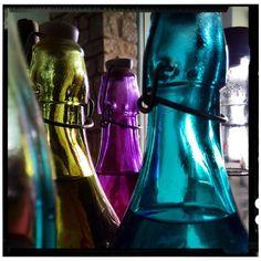 #bottle #drinks #drink #macro #closeup #detail #fragment #sergepichii
