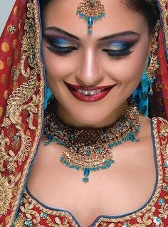 Super indian bridal makeup tips make up 51 ideas Pakistani Bridal Makeup, Indian Wedding Makeup, Bridal Makeup Tips, Bridal Beauty, Bridal Tips, Beautiful Indian Brides, Beautiful Bride, Bollywood Makeup, Bad Makeup
