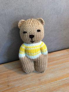 Teddy Bear Knitting Pattern, Knitted Doll Patterns, Knitted Teddy Bear, Baby Boy Knitting, Knitted Dolls, Knitting For Kids, Easy Knitting, Loom Knitting, Knitting Patterns Free