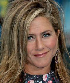 Chunky-Highlights-of-Jennifer-Aniston