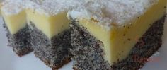 Poppy seed cake with curd cheese Top-Rezepte.de - It is a simple delicious poppy seed cake with a layer of curd cheese. The curd cream is distributed - Quark Recipes, Cheesecake Recipes, Baking Recipes, Pudding Desserts, Dessert Recipes, Sopapilla Cheesecake Bars, Poppy Seed Cake, Food Cakes, Dessert Bars