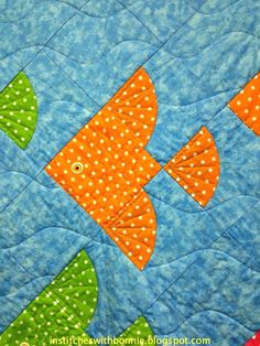 Tropical Fish Quilt Patterns Fish Themed Quilt Patterns Fish Bowl Quilt Block Pattern Fish Block With Drunkards Path Variation Institches With Bonnie Fcq Quilt Show Goodies