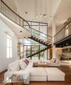 The design of a minimalist home staircase is important in the design of a minimalist house. In the design of a house, the presence of stairs is part of the interior of the house tha… Staircase Design Modern, Home Stairs Design, House Design, Stairs In Living Room, House Stairs, Living Rooms, Loft House, Foyer Staircase, Staircase Ideas