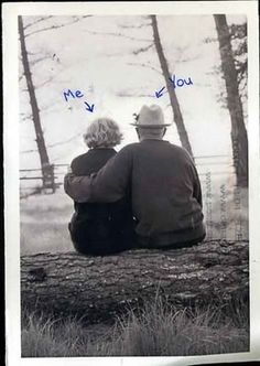 i love cute old couples. To age with the one you love. Cute Old Couples, Beaux Couples, Older Couples, Couples In Love, Grow Old With Me, Romance, Old Love, Old Couple In Love, Old People Love