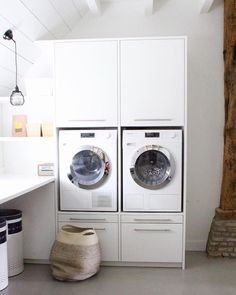 Laundry Storage, Laundry Area, Laundry Closet, Laundry In Bathroom, Laundry Design, Windsor House, Landry Room, Renovation Grange, Attic Bedrooms