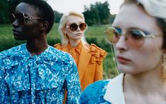 A dream, a look, far away and close. For #ValentinoEyewear, a selection of oversized sunglasses are united through the iconic Vlogo Signature, a symbol of the tradition of the Maison, updated for modern times.