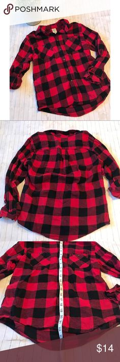 Faded Glory Buffalo Plaid Button Down Shirt Super cute shirt. Great Condition. Worn once or twice. Thicker flannel type material Faded Glory Tops Button Down Shirts
