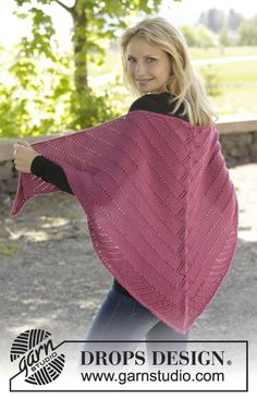 """Pink Diamond - Knitted DROPS shawl with lace pattern in """"Alpaca"""". - Free pattern by DROPS Design"""