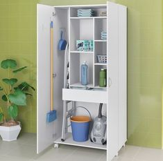 Broom cupboard in laundry room Laundry Cupboard, Laundry Closet, Cleaning Closet, Laundry In Bathroom, Utility Room Storage, Laundry Room Organization, Storage Spaces, Locker Storage, Room Closet