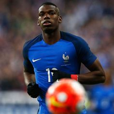 Juventus' Paul Pogba can be one of the best ever midfielders - Thierry Henry